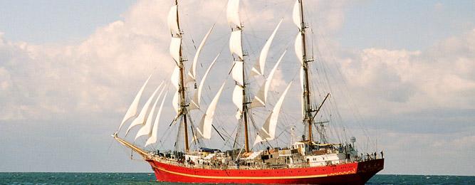 Ταξιδεύοντας με σκάφος στο Ιόνιο